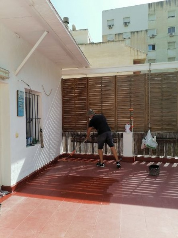 Old roof terrace on an apartment building in the center of Alicante gets new life