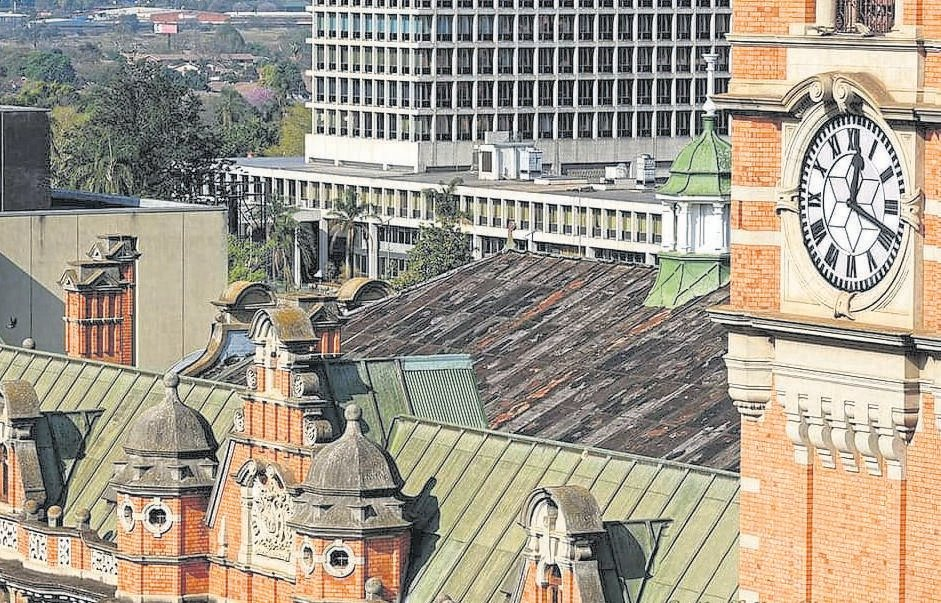 Thieves have targeted the copper sheets of the roof of the Pietermaritzburg Town Hall.
